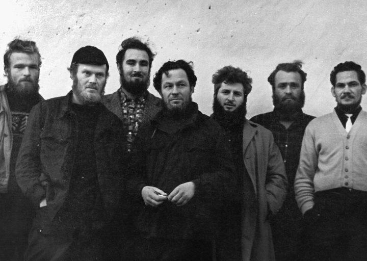 Геологи начала 60-х: Соболь (слева), Воронов, Эрвье, Магденко, Караченцев, Ковальчук, Чекашкин. Фото Литовченко
