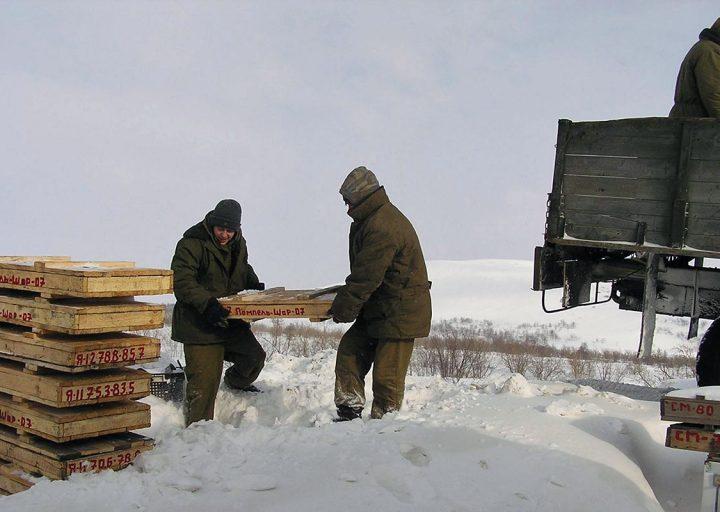 Обработка керна на базе в Полярном