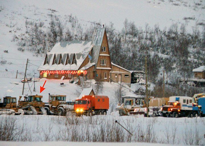 Мехколонна Трансстроя на постое при базе Перевал. 2012