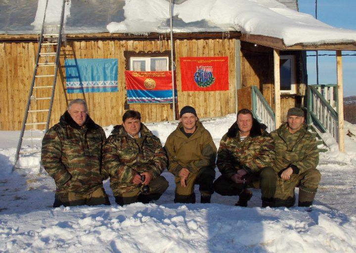 Руководители лагеря и сотрудники МЧС
