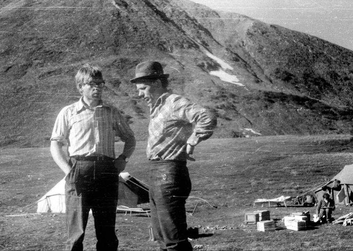 Сергей Петрович и Брагин П.Е. на Харбее. 1976 г.
