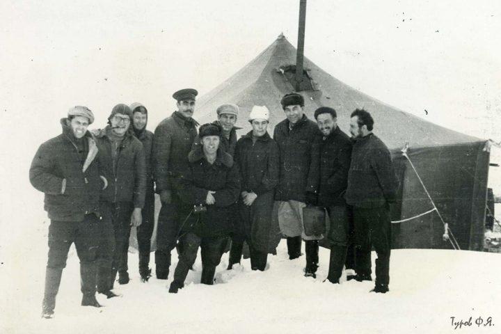 Высокий в фуражке - И.Лучинин 1962