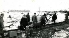 Прибытие поезда Лабытнанги - Воркута на 106-й (Полярный)