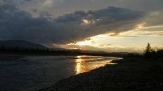 Закат над перекатом у подбазы ПУГГП на Б.Лагорте