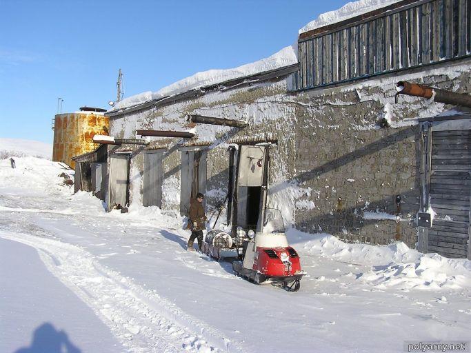 У бывшей дизельной. 7 марта 2007 года