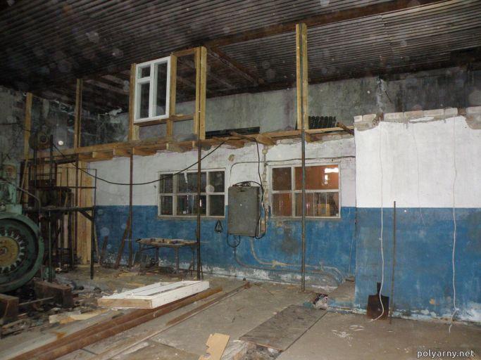 Возведение второго этажа над дежурным помещением. 13 марта 2013