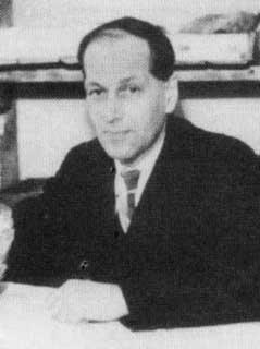 Софронов Г.П. в рабочем кабинете. 1946 (1948?). Снимок из архива Шулеповой А.Н.