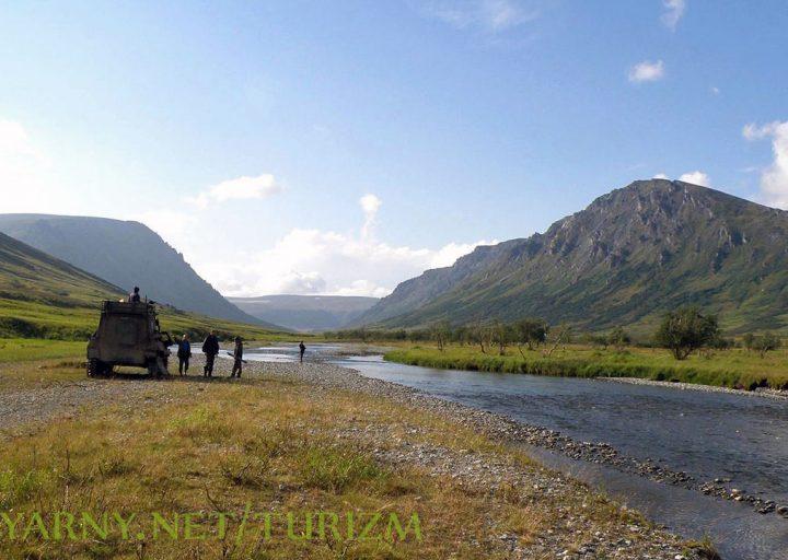 Экскурсия на старую геологическую базу в горах