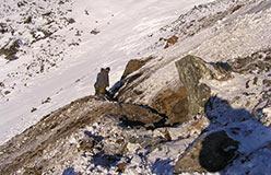 Все что смогли - 15 м между коренными в центре пересечения. 16 бороздовых проб. 25.10.2006