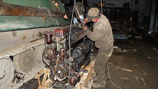 Двигатель В-6А для ремонта установлен
