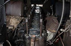 Двигатель В-6А после снятия ГБЦ