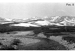 Лосиный рог. Вид со стороны п. Полярный (106 км). 1976