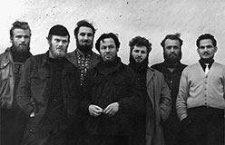 Соболь (слева), Воронов, Эрвье, Магденко, Караченцев, Ковальчук, Чекашкин. Фото Литовченко