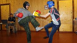 Занятия по приемам рукопашного боя в помещении. База Перевал. Октябрь 2013
