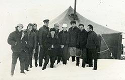 И.Лучинин (высокий в фуражке) 1962