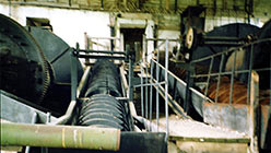 Мельницы со спиральными классификаторами. 1999 г
