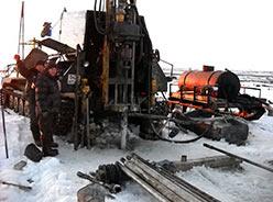 Процесс бурения глубиной до 30 м УРБ-2А-2Д