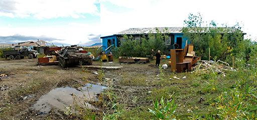 Последнее фото здания гостиницы-медпункта ПУГРЭ на Полярном