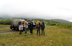 Представители юных геологов Нижнего Тагила направляются по Нырдвоменшору в Нефритовый
