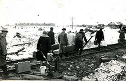 Прибытие поездом на 106-й. 1961