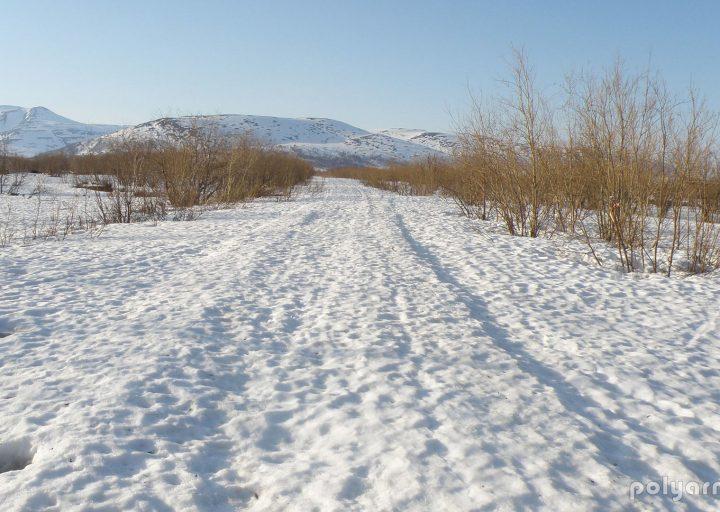 Начало дороги на Харбейский рудник