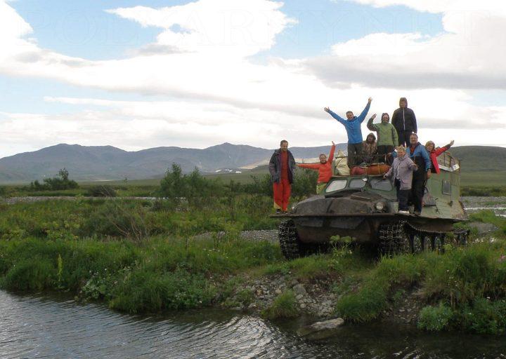 Группа байдарочников из Минска загрузилась на станции Полярный Урал