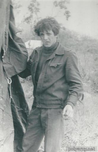 Первым, последним и единственным водителем этого транспортного средства был тогда студент Коля Папулов